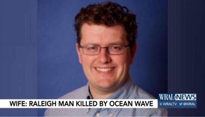 Κύμα χτύπησε πατέρα έξι παιδιών και του έσπασε τον λαιμό