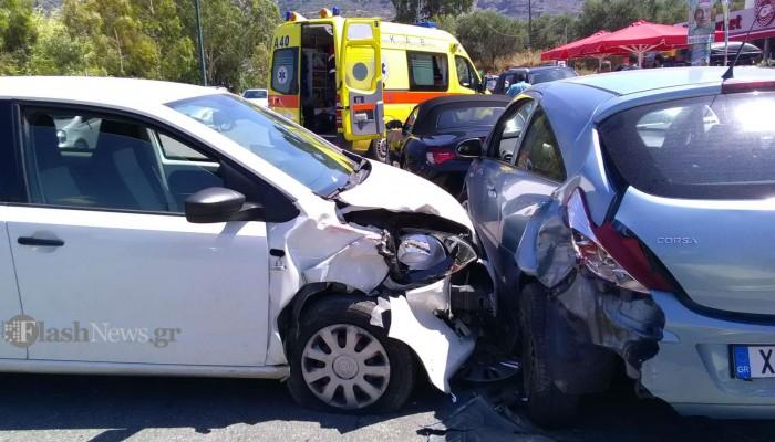 Τροχαίο ατύχημα με μια τραυματία κοντά στον κόμβο της Σούδας (φωτο)