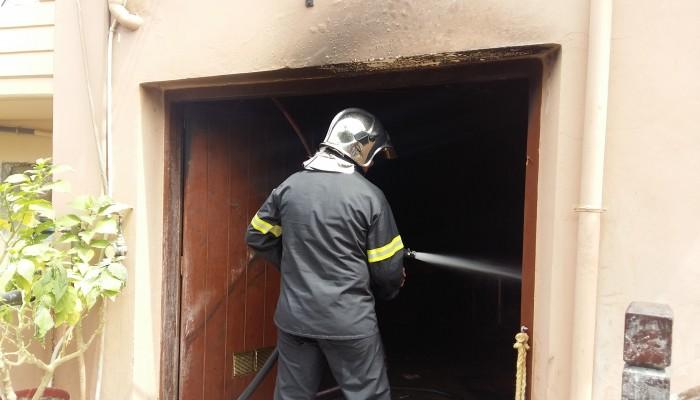 Κάηκε ολοσχερώς αποθήκη εστιατόριου στην Αγία Μαρίνα (φωτο)