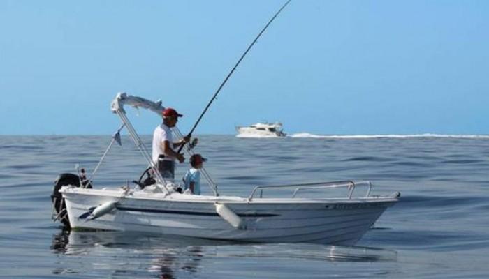 Λιμεναρχείο: Απαγορεύονται ψάρεμα, ψαροτούφεκο, κολύμπι και μέσα αναψυχής