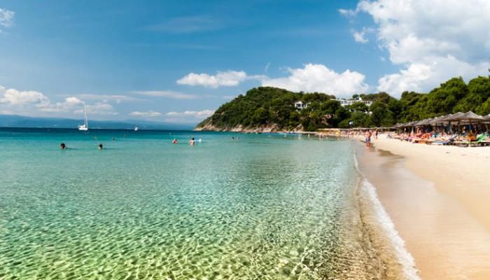 Η ξακουστή παραλία της Σκιάθου