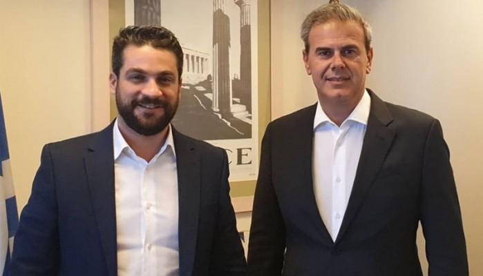 Συνάντηση Σημανδηράκη - Φραγκάκη στην Αθήνα με επίκεντρο τον τουρισμό