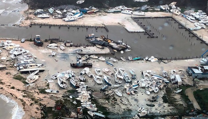 Εικόνες αποκάλυψης στις Μπαχάμες μετά το φονικό πέρασμα του τυφώνα Ντόριαν