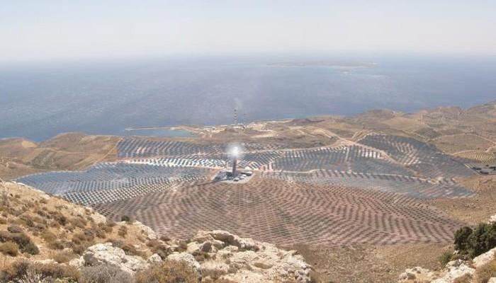 Τι προβλέπει το ηλιοθερμικό έργο με χρήση άλατος στην Κρήτη που εξήγγειλε ο Κ.Μητσοτάκης