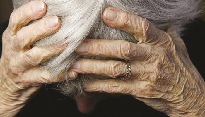 Μια 88χρονη βρέθηκε κακοποιημένη και πεσμένη στην αυλή του σπιτιού της στην Κίσσαμο