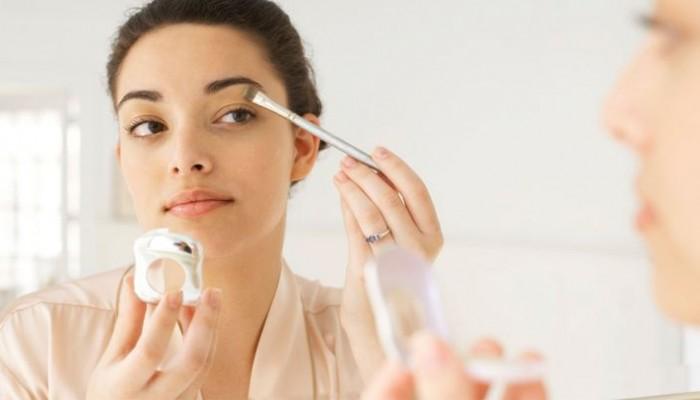 Πώς θα επιλέξετε το σωστό make up για το πρόσωπό σας