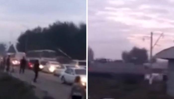 Σκληρές εικόνες από σύγκρουση τρένου με λεωφορείο (βίντεο)