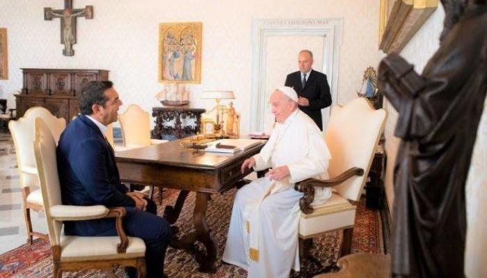 Συνάντηση Πάπα-Τσίπρα στο Βατικανό