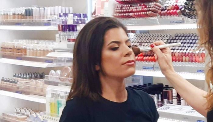 Στα Χανιά make up artists της Seventeen αναλαμβάνουν εντελώς δωρεάν το μακιγιάζ σας!