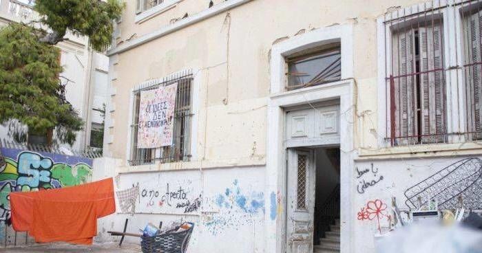 BBC: Ανεπιθύμητο είναι το Airbnb στα Εξάρχεια από τους Έλληνες αναρχικούς