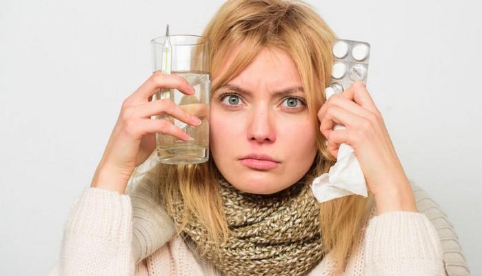 Γρίπη / κρυολόγημα : Οι 10 τροφές που επιδεινώνουν τα συμπτώματα