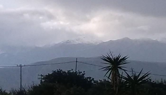 Χιονίζει στα Λευκά όρη -