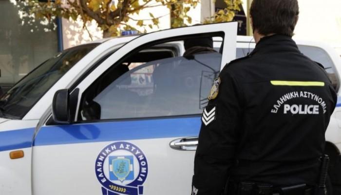 Σύλληψη και πρόστιμα για βραδινό γλέντι σε επιχείρηση στα Χανιά