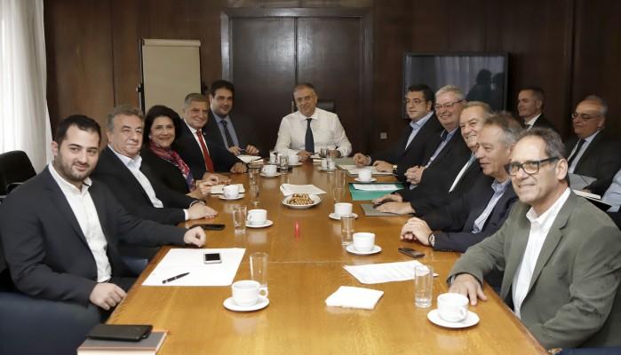 Σύσκεψη είχε ο Υπουργός Εσωτερικών με τους Περιφερειάρχες