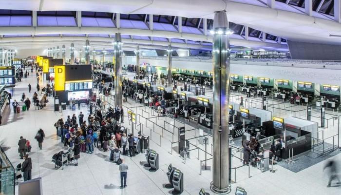 Με ηλεκτρονική άδεια και διαβατήριο η είσοδος των Ευρωπαίων στη χώρα μετά το Brexit