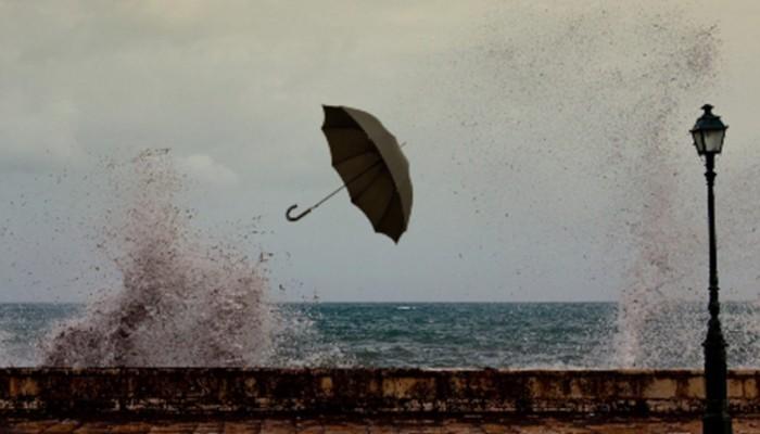 Ο καιρός την Κυριακή: Τοπικές βροχές και καταιγίδες - Θερμοκρασία σε πτώση
