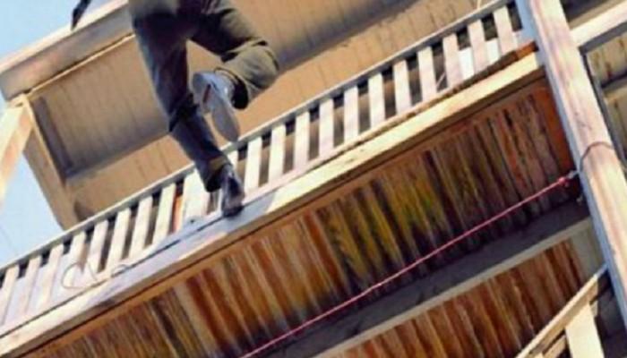 Έπεσε από το μπαλκόνι και σκοτώθηκε στο Ρέθυμνο