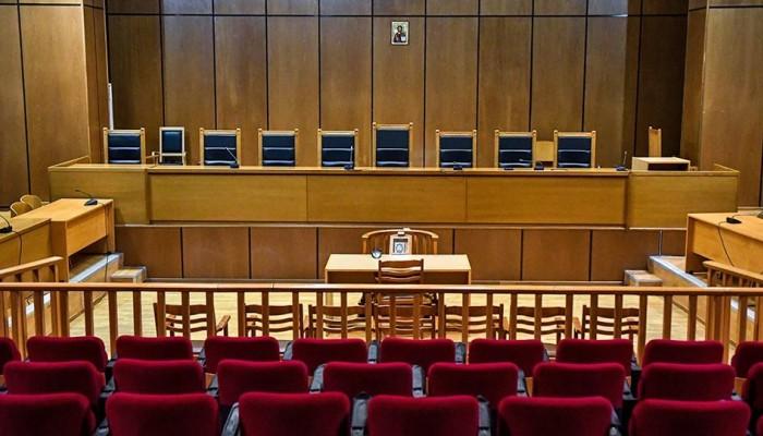 Ενώπιον του δικαστηρίου ο 54χρονος για την παιδική πορνογραφία