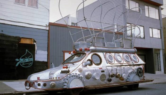 Τα παράξενα οχήματα στους δρόμους (φωτο)