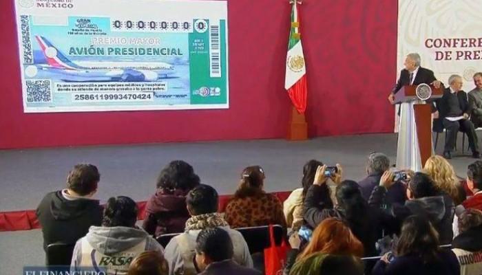 Ο πρόεδρος του Μεξικού δεν βρίσκει άλλη λύση για το αεροσκάφος του και το βάζει σε λαχείο