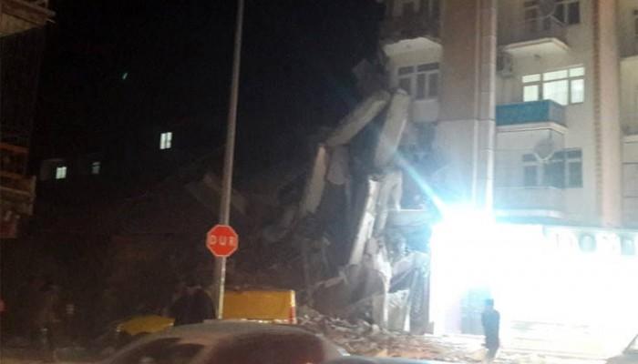 Ο πρωθυπουργός συλλυπήθηκε την Τουρκία για το σεισμό και πρόσφερε τη βοήθεια της Ελλάδας
