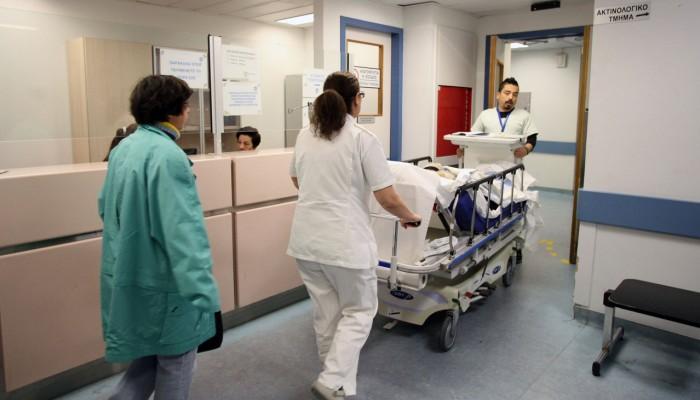 Καλπάζει η εποχική γρίπη: 15 νεκροί σε μία εβδομάδα - Τρία παιδιά στη ΜΕΘ