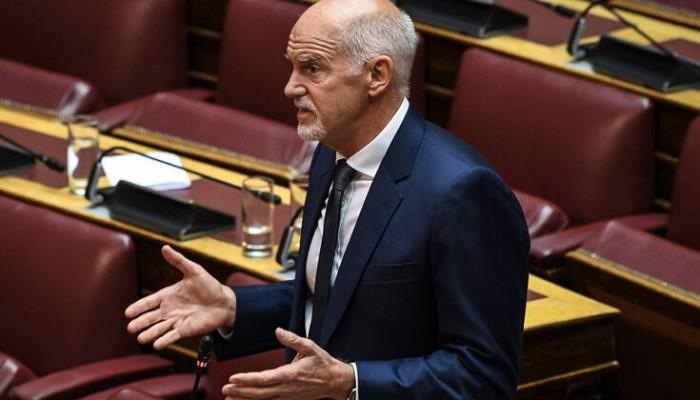 Ο Γιώργος Παπανδρέου έπεσε από την καρέκλα στη Βουλή