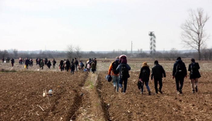 Τουρκία για άνοιγμα συνόρων: Οι πρόσφυγες αποτελούν πλέον πρόβλημα της Ευρώπης