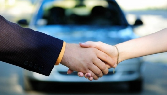 Απάτες με αγγελίες αυτοκινήτων στο διαδίκτυο - Πώς την πάτησαν οι αγοραστές