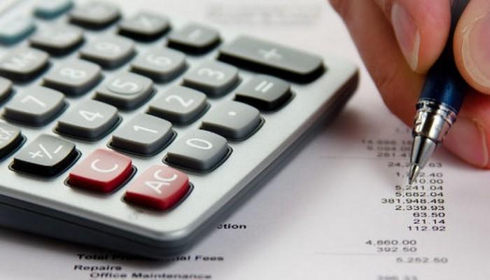 Φορολογικός οδηγός: Πώς θα φορολογηθούν επιδόματα, μέρισμα και «13 σύνταξη»