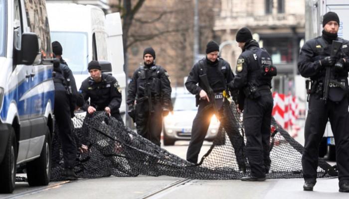 Γερμανία: Μεγάλη επιχείρηση κατά ακροδεξιών τρομοκρατών – Συνελήφθη και αστυνομικός