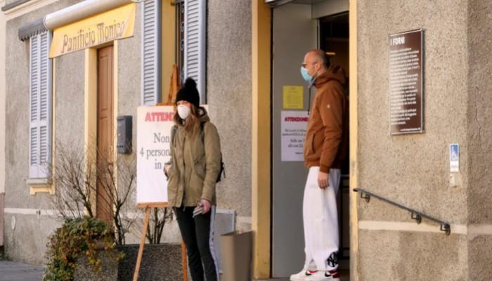 Πώς να ξεχωρίσετε τον Covid-19 από τη γρίπη, το κρυολόγημα και τις αλλεργίες