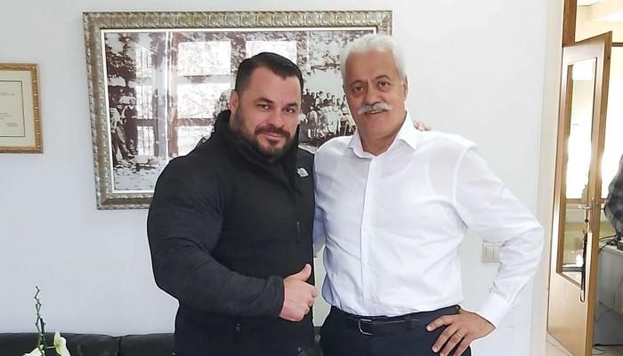 Στο Δήμο Αποκορώνου ο παγκόσμιος πρωταθλητής Παντελής Σαπουνάκης