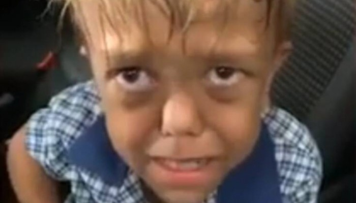 Κωμικός συγκέντρωσε πάνω από 225.000 δολάρια για να στείλει τον 9χρονο στη Disneyland