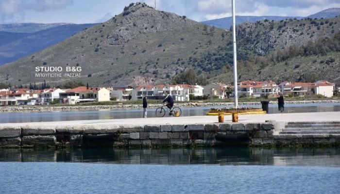 Απαγόρευση κυκλοφορίας: Πρόστιμο σε ερασιτέχνη αλιέα που πήγε  για ψάρεμα με βάρκα