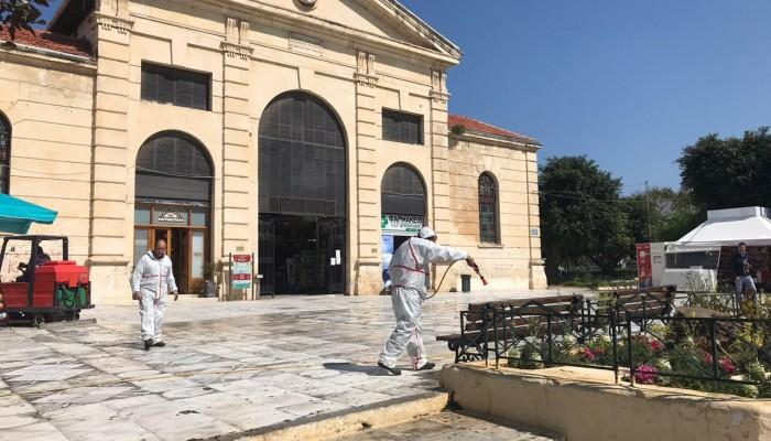 Απολυμάνθηκαν δημόσιοι χώροι στα Χανιά (φωτο)