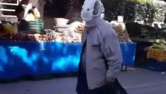 Κορωνοϊός: Πήγε στη λαϊκή φορώντας πάνα βρακάκι αντί για μάσκα