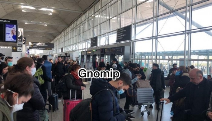 Κορωνοϊός: Με ευθύνη της Ryanair εγκλωβίστηκαν στο αεροδρόμιο του Λονδίνου οι επιβάτες