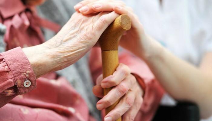 Θερίζει ο κορονοϊός στα γηροκομεία στην Ισπανία: Πάνω από 1.300 ηλικιωμένοι νεκροί