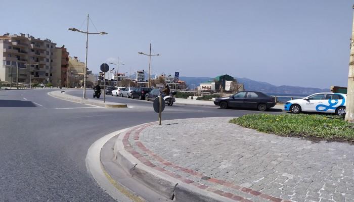 Έρημη πόλη το Ηράκλειο (φώτο)