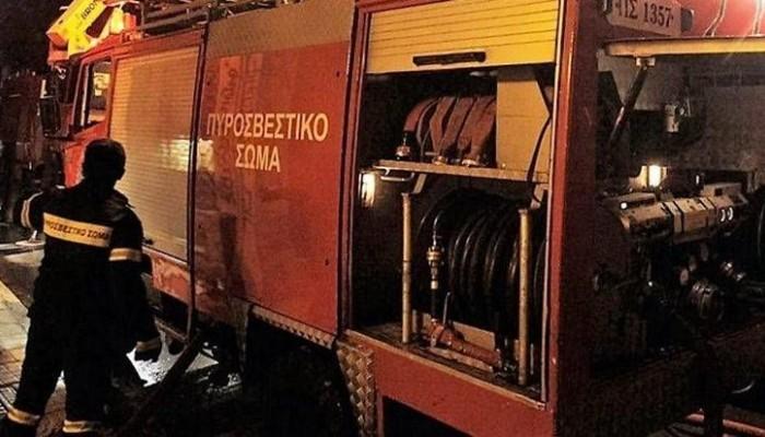 Εμπρηστική επίθεση σε οχήματα εταιρειών κούριερ στη Θεσσαλονίκη