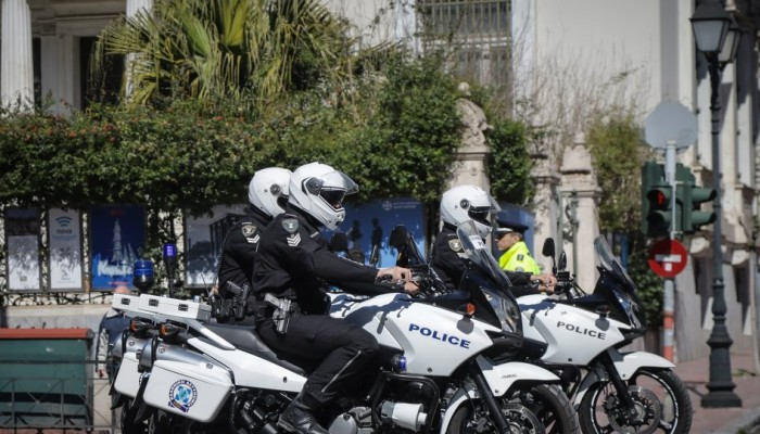 Τρεις συλλήψεις για απόπειρα κλοπής και ναρκωτικά στο Ηράκλειο