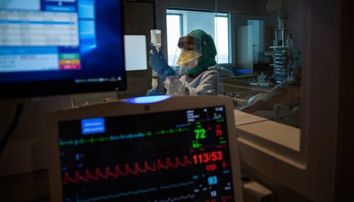Κορωνοϊός: 90χρονη αρνήθηκε αναπνευστήρα για να «σωθούν οι νεότεροι»