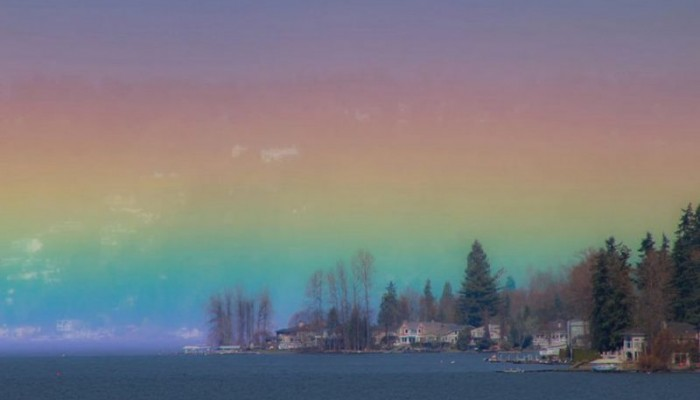 Σπάνιο φαινόμενο… το «ουράνιο τόξο της φωτιάς» σε μια εντυπωσιακή φωτογραφία!