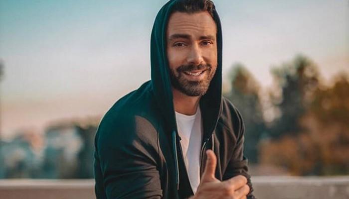 Σάκης Τανιμανίδης: Αυτό το πρόγραμμα γυμναστικής ακολουθεί και παραμένει fit