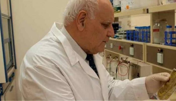 Το DNA μας παίζει ρόλο στο αν θα προσβληθούμε λέει ο καθηγητής γενετικής Κ.Τριανταφυλλίδης