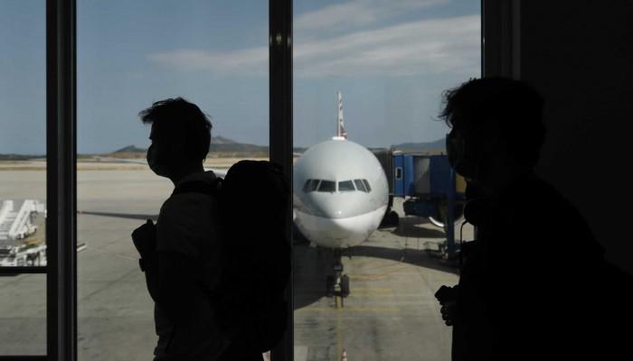 Κορονοϊός: Οι ΗΠΑ χαλαρώνουν τα μέτρα για εμβολιασμένους ταξιδιώτες