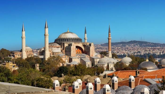 «Μεγάλη προσβολή η κίνηση του Ερντογάν για τους χριστιανούς σε όλο τον κόσμο»