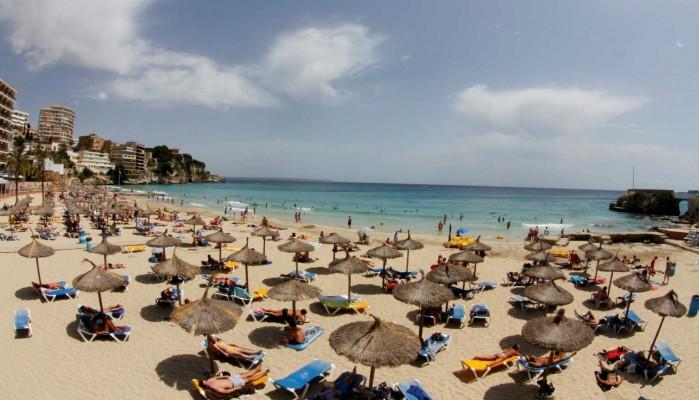 Κορωνοϊος - Γώγος: Αν χρειαστεί θα ληφθούν μέτρα για νυχτερινά μαγαζιά και beach bar
