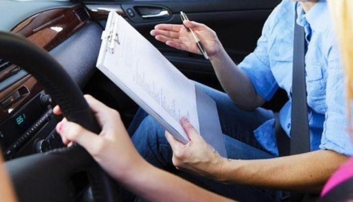 Διπλώματα οδήγησης: Βαθύτερα το χέρι στην τσέπη για τους ανεμβολίαστους
